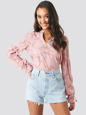 NA-KD Boho Jacquard Flower Applique Blouse rosa