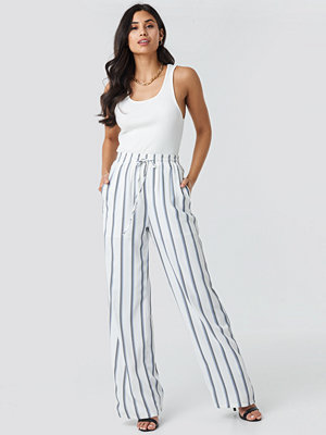 Glamorous vita randiga byxor Striped Wide Pants vit