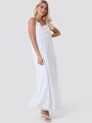 NA-KD Boho Tie Shoulder Maxi Dress vit