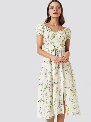 Chloé B x NA-KD Off Shoulder Midi dress multicolor