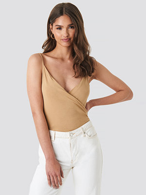 NA-KD Trend Draped Singlet beige