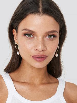 Chloé B x NA-KD smycke Dropped Stone Earrings guld