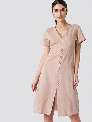 NA-KD Boho Button Front Linen-blend Dress rosa