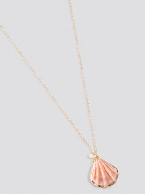 NA-KD Accessories smycke Small Real Shell Necklace rosa