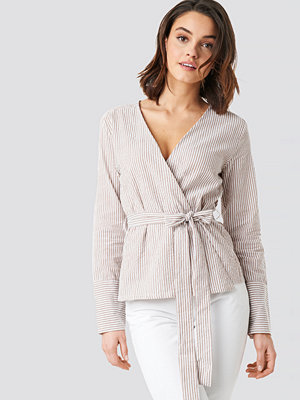 NA-KD Overlap Striped Blouse beige