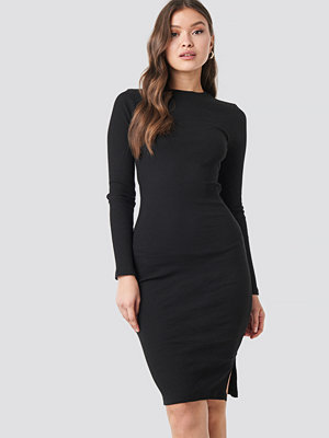 NA-KD Ribbed Jersey Long Sleeve Dress svart