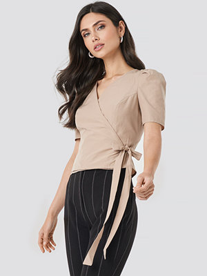 NA-KD Wrap Over Side Tie Top beige
