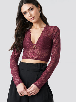 NA-KD Party Cup Detail Lace Top röd lila