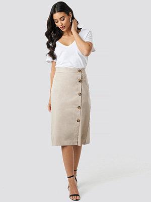 Trendyol Button Detailed Midi Skirt beige