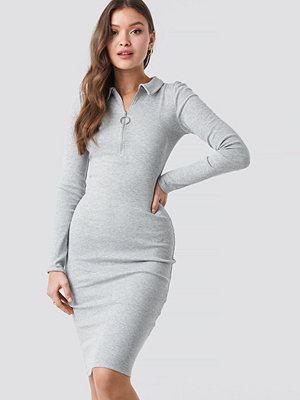 NA-KD Ribbed Zip Dress grå