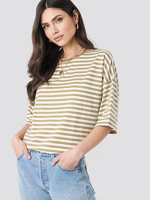 NA-KD Trend Striped Oversized Viscose Tee vit beige