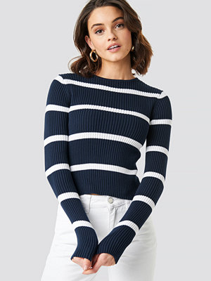 NA-KD Round Neck Striped Knitted Sweater blå