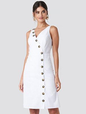 NA-KD Trend Buttoned Detail Dress vit