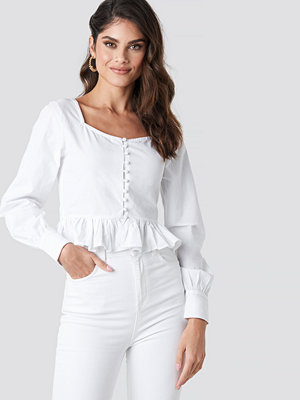 NA-KD Trend Frill Detailed Button Up Blouse vit