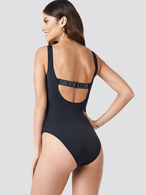 Calvin Klein Square Scoop One Piece Swimsuit svart