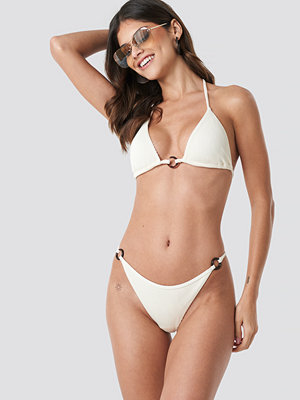 NA-KD Swimwear Ribbed O-ring Bikini Panty vit