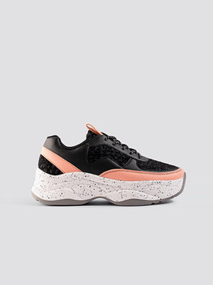 NA-KD Shoes Bolt Sneaker svart rosa multicolor