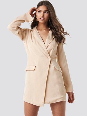 NA-KD Classic Asymmetric Blazer Dress beige