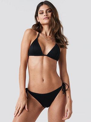 NA-KD Swimwear Ribbed Triangle Panty svart