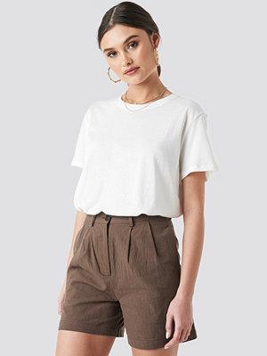T-shirts - NA-KD Trend Safari Oversized Tee vit