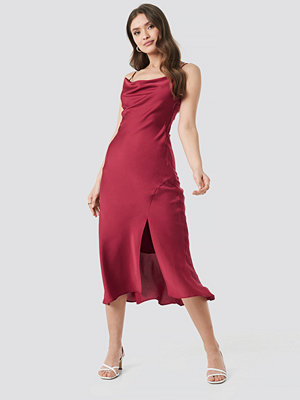 Trendyol Thin Strap Midi Dress röd