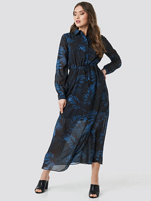 Trendyol Colored Button Detailed Dress svart