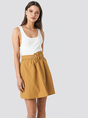 Trendyol Belt Detailed Skirt brun