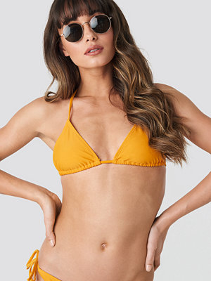 NA-KD Swimwear Triangle Bikini Top gul