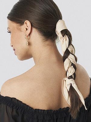 Schanna x NA-KD Hair Scarf beige