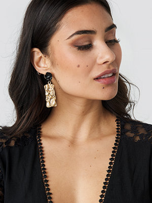 NA-KD Accessories smycke Textured Contrast Plate Earrings guld