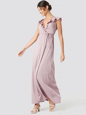 NA-KD Party High Slit Tie Waist Maxi Dress rosa