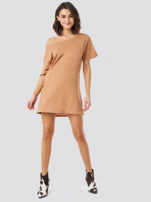 NA-KD One Shoulder T-shirt Dress beige