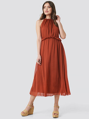 Trendyol Cinnamon Waist Detail Long Dress röd