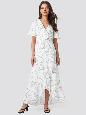 Faces I Don't Know x NA-KD Wrap Midi Dress vit