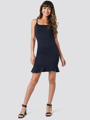 Trendyol Thin Strap Mini Dress blå