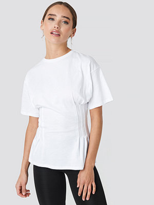 NA-KD Trend Marked Waist Tee vit