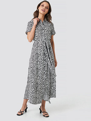NA-KD Short Sleeve Maxi Dress multicolor