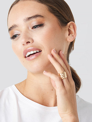 NA-KD Accessories smycke Big Feather Ring guld