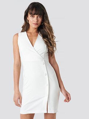 Trendyol Linking Detailed Dress vit