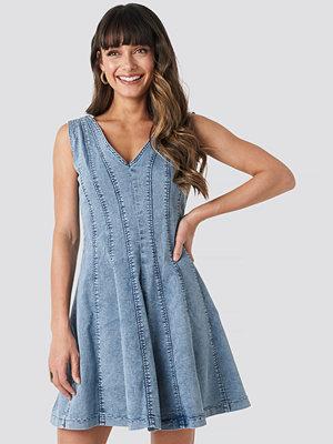 Trendyol Denim Mini Dress blå