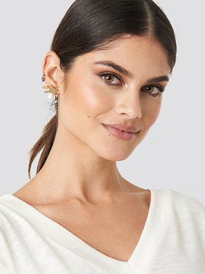 NA-KD Accessories smycke Blossom Earstuds guld