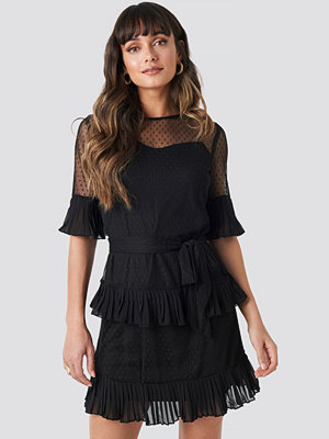 Trendyol Cleo Mini Dress svart