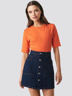 NA-KD Contrast Stitch Button Up Mini Skirt blå