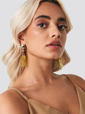 NA-KD Accessories smycke Wavy Blossom Drop Earrings guld