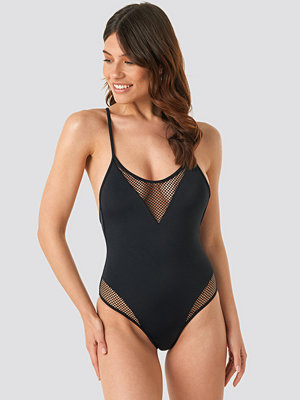 Trendyol Fishnet Detailed Swimsuit svart