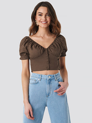 NA-KD Boho Cropped Fitted Button Top brun