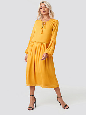 Trendyol Tasseled Midi Dress orange