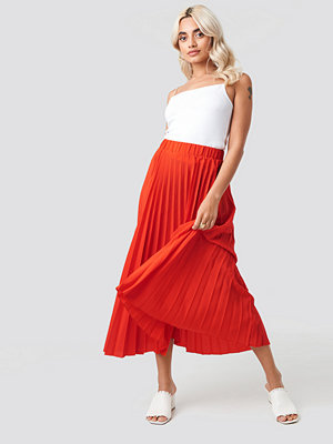 NA-KD Midi Pleated Skirt röd