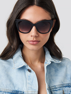 Solglasögon - NA-KD Accessories Top Edge Cateye Sunglasses svart