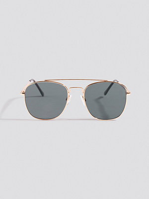 NA-KD Accessories Squared Pilot Sunglasses svart